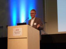 Olof Sundin speaking at the ASIS&T European Chapter event at HAW Hamburg