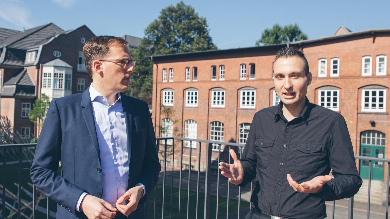 Interview: Dirk Lewandowski und Sebastian Sünkler über Suchmaschinen im Wandel der Zeiten, praxisnahe Ausbildung und ihre ganz persönlichen HAW-Highlights